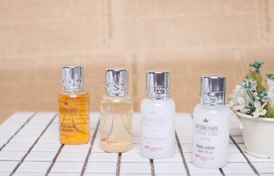 Modern Design Hotel Cosmetics Bottle