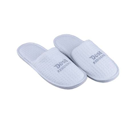What Material Is Good for Disposable Slippers for Hotels?