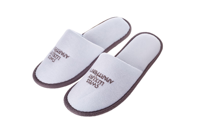 Hotel Disposable Slipper With Pipping