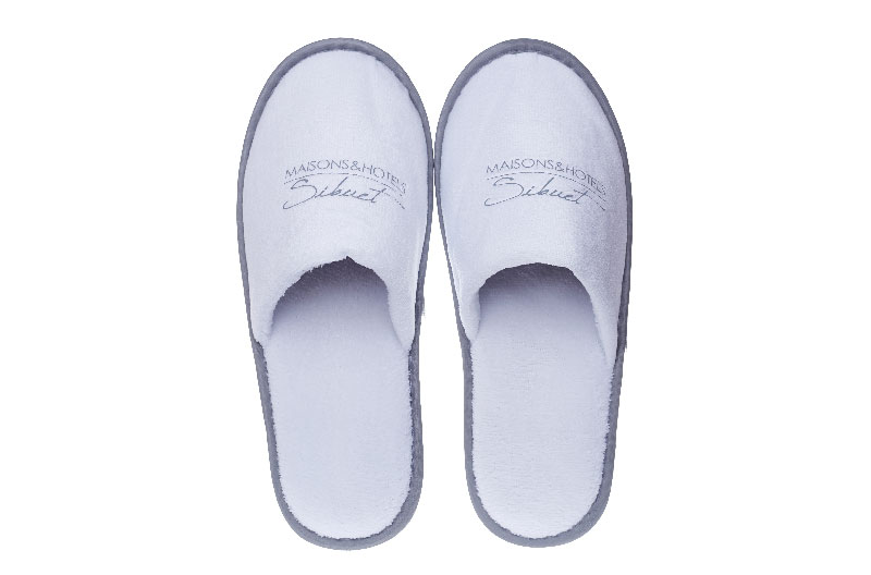 Disposable slippers for hotel guest