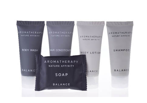 What Are in a Hotel Toiletries Sets?