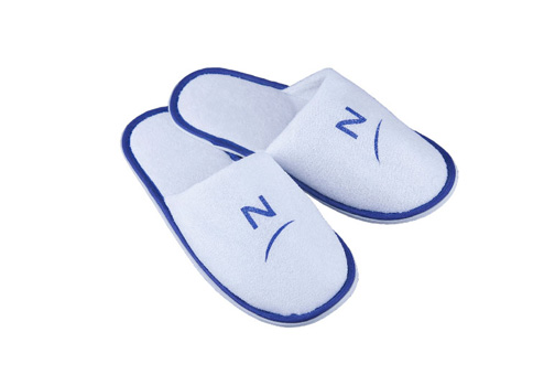 Advantages of Disposable Slippers